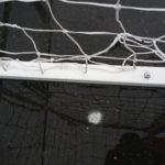 detaliu prindere la sol poarta handbal din otel 1