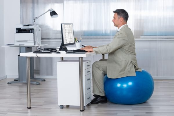 how to use an exercise ball chairplus standing desk tips desk ball chair - Bieder.info